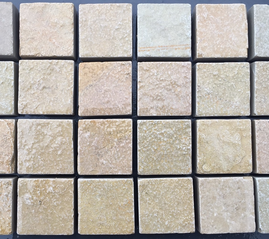 Yellow Limestone Cobbles – 100x100x40mm – 10m2 pack