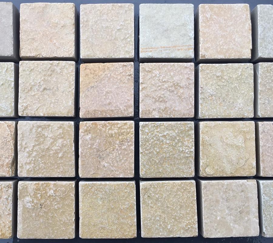 Yellow Limestone Cobbles – 100x100x40mm – 10m2 pack