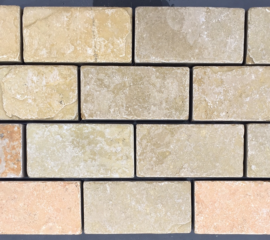 Yellow Limestone Cobbles – 200x100x40mm – 10m2 pack