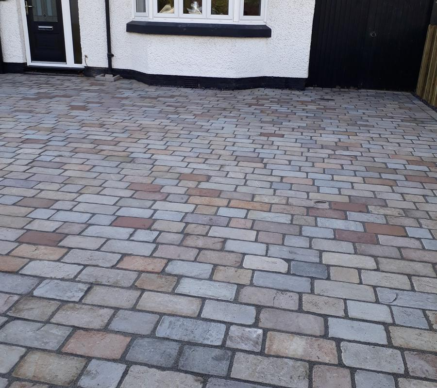 Raj Green Mix Block Paving 150x150x40mm – 10m2 Pack
