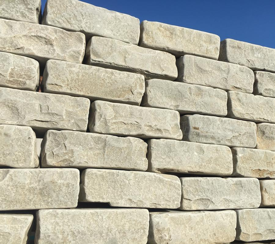 Kandla Grey Tumbled Walling – 5.24m2 (face) per pack