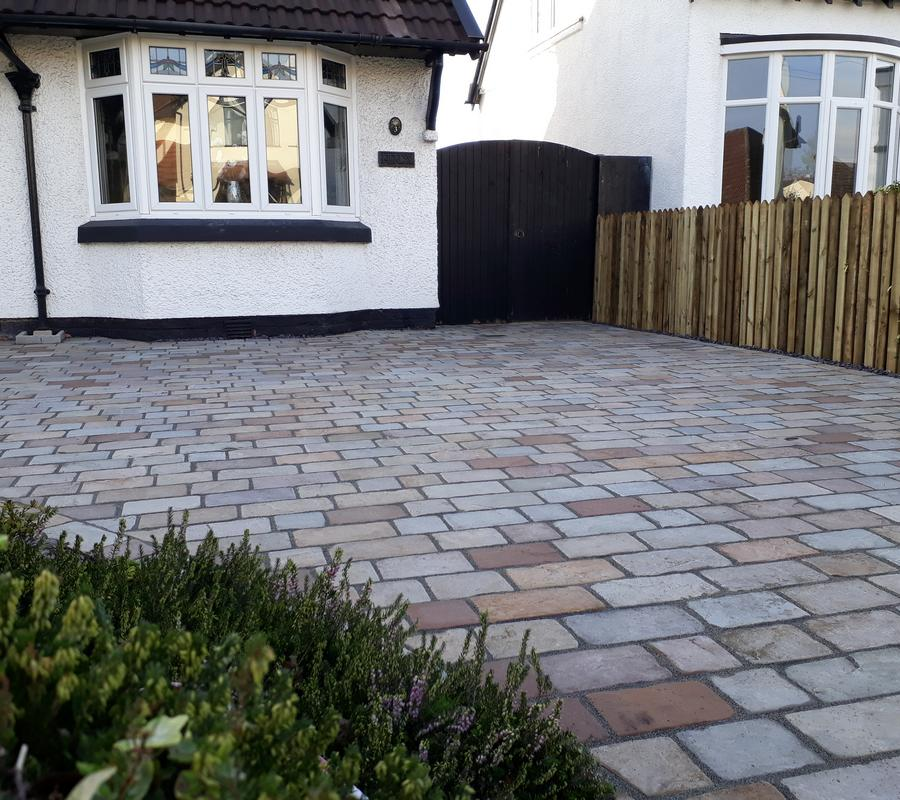 Raj Green Mix Block Paving 200x150x40mm – 10m2 Pack